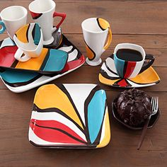 Our Geometrix collection lets you set a fresh and modern table whether you choose to dress up the fun shapes with daring patterns, solids or clean lin Painted Ceramic Plates, Ceramic Tableware, Hand Painted Ceramics, Ceramic Clay, Ceramic Pottery, Painted Pottery, Pottery Painting, Ceramic Painting, Ceramic Artists