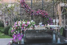 mesa de novios, merezzco , radiant orchid