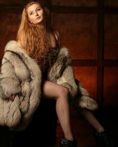 Fox Fur Coat, Fur Coats, Fur Coat Fashion, Coats For Women, Red Hair, Mantel, Parka, Knitwear, Blue And White