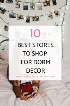 Here are my top 10 places to shop for dorm room decor. From bedding to dorm deco. Here are my top 10 places to shop for dorm room decor. From bedding to dorm decor here is a list of Diy Dorm Decor, College Dorm Decorations, Teen Room Decor, College Dorm Essentials, College Dorm Rooms, College Hacks, College Checklist, College Closet, College Supplies