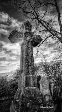 Graveyard in Lennoxtown Scotland Photography by Miranda Huckle. Cemetery Angels, Pet Cemetery, Cemetery Headstones, Old Cemeteries, Graveyards, Gardens Of Stone, Dark Pictures, Afraid Of The Dark, Dark Gothic
