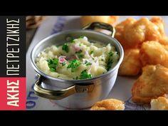 """Greek potato garlic dip - Skordalia by Greek chef Akis Petretzikis. An authentic Greek recipe for a traditional Greek potato garlic mash called """"Skordalia""""! Tofu Recipes, Greek Recipes, Cooking Recipes, Cooking Videos, Garlic Dip, Garlic Mash, Make Ahead Mashed Potatoes, Greek Appetizers, Bon Appetit"""