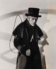 Boris Karloff as John Gray in The Body Snatcher classic horror Sci Fi Movies, Scary Movies, Old Movies, Classic Horror Movies, Horror Films, Horror Art, Boris Karloff Frankenstein, Halloween Diorama, Horror Pictures