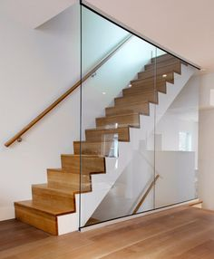 48 Awesome Glass Stairs for Your Home Wood Railings For Stairs, Oak Stairs, Glass Stairs, Floating Stairs, Glass Railing, House Stairs, Stair Railing, Banisters, Home Stairs Design