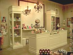 Interior Decorations - Retail Store - Shabby Chic - Display Fixtures Counters 2 possible Retail Counter, Shabby Chic Salon, Chic Salon, Store Decor, Interior Decorating, Interior, Shabby Chic, Store Interiors, Store Displays