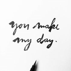 Esas cosas que te alegran el día...  Those little things that make your day...  .  .  #lettering #handlettering #brushlettering #happy #enjoy #life #love #words #quote #deaign #graphicdesign #diseño #ink #blackandwhite #vsco #vscocam