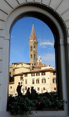 Florence shining into a window glass | Flickr – Condivisione di foto!