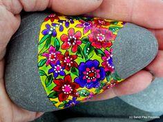 jardín secreto / pintado rocas / pintado por LoveFromCapeCod