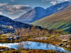 View from Bárrás.  A small mountain pond and fells surrounding Bárrás. Photo Credit: Ville Miettinen - wili_hybrid (Flickr)
