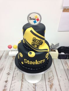 pittsburgh steelers cake let them eat cake