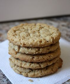 Freezer-friendly oatmeal peanut butter cookies