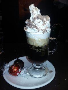Um café Lindt- #coffe #gourmet #hobbies