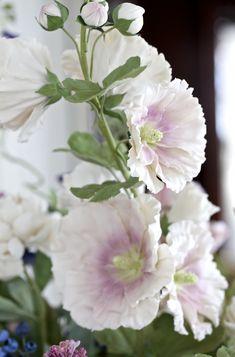 Les délicates fleurs de porcelaine de Vladimir Kanevsky  2Tout2Rien