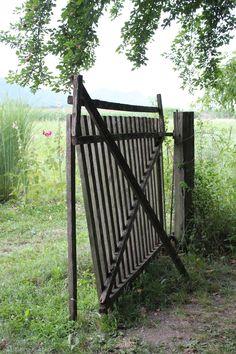 Besuche den Beitrag für mehr. Garden Bridge, Outdoor Structures, Design, Lawn And Garden, Design Comics
