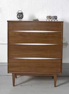 Chicago: Mid Century Tall Dresser by Kroehler $295 - http://furnishlyst.com/listings/407132