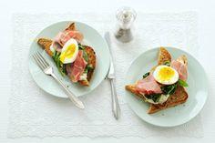 Eet je graag brood? Kies dan volkorenbrood, daar zitten veel vezels in en dat is goed voor je spijsvertering. - Recept - Allerhande