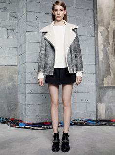Look 17: VERSO Jacket, SERIE Sweater, POUPEE Skirt, ATLANTA Boots