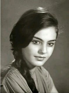 جميلة الجميلات / شيريهان Egyptian Women Beautiful, Egyptian Beauty, Arab Actress, Egyptian Actress, Old Egypt, Cairo Egypt, Arab Celebrities, Celebs, Egyptian Movies