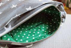 Hippu: Tähdellinen Bägi Coin Purse, Purses, Fashion, Handbags, Moda, Fashion Styles, Fashion Illustrations, Purse, Bags