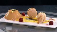 Vanilla Pannacotta with Macarons