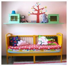 kids room - great use of colour in the bed!