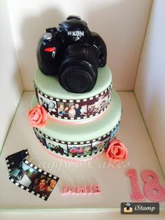 Camera cake - Cake by Caggy 16 Birthday Cake, Adult Birthday Cakes, Birthday Ideas, Dad Cake, Cake Boss, Cupcakes, Cupcake Cakes, Camera Cakes, Artist Cake