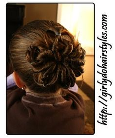 Flower bun for #spring #hairstyles #girlydos