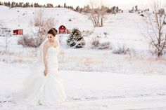 Winter Bridal Photos - PHOTO SOURCE • BRITTANY PUTNAM PHOTOGRAPHY