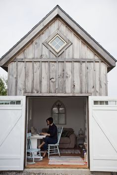 barn office