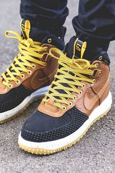 Nike Lunar Force 1 Duck Boot: British Tan for him Nike Free Shoes, Nike Shoes Outlet, Running Shoes Nike, Running Sports, Reebok, Nike Lunar, Me Too Shoes, Men's Shoes, Shoe Boots