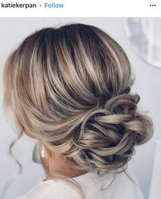 23 Stunning Wedding Hairstyles For The Elegant Bride . - 23 Stunning Wedding Hairstyles For The Elegant Bride - Hairdo Wedding, Wedding Hair And Makeup, Wedding Bride Hairstyles, Dress Wedding, Bridal Updo, Wedding Ceremony, Simple Hairstyles For Wedding, Bridal Hair Updo Elegant, Wedding Hair Blonde
