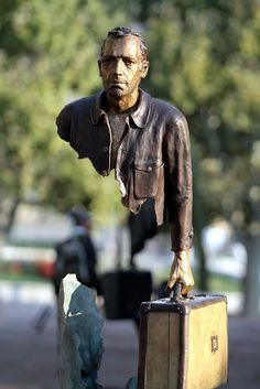Imperfect Sculptures by Bruno Catalano - Brilliant!