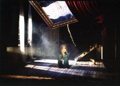 Roni Toren Stage DEsign : Les Contes D'Hoffmann / Offenbach , 2000 Conductor : Jean Claude Casadesus Director : David McVicar set : Roni Toren Costumes : Briggite Reiffenstuel Lighting : Tina Machugh