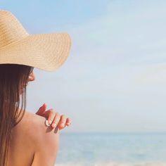 #aftersun #cuidadosolar #cosmeticacertificada After Sun, Photos, Fashion, Sun, The Beach, Moda, Pictures, Fashion Styles, Fashion Illustrations