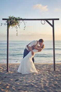 simple beach wedding arch