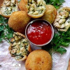 Spinach And Feta Balls recipe by Thecooksisterblog Spinach Balls, Spinach And Feta, Lunch Snacks, Lunch Recipes, Dinner Recipes, Fried Spinach, Eid Food, Clarified Butter Ghee, Cheat Meal