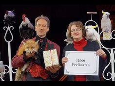 Circus Krone 2015: Fuchs, Gans und Kakadu überreichen 12.000 Freikarten