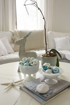White holiday decorating ideas