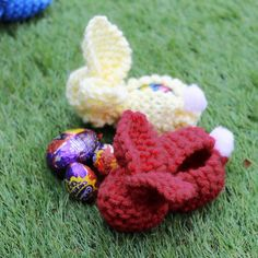 Knitted Bunnies for Easter - Easy Knitting Easter Project