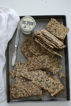 crispbreads with seeds and oats...