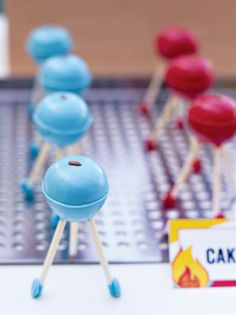 Mini grill cake pops! too cute