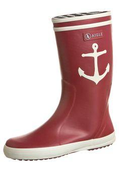 Sailor rainy boots! Anchor rule! necesito unas de estas en este momento...