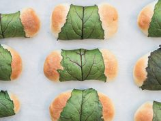 Cook this: Beet leaf buns with onion, cream and dill sauce from The Prairie Table Creamy Dill Sauce, Bun Recipe, Dough Recipe, Beet Leaf Recipes, Cucumber Dill Sauce, Ukrainian Recipes, Ukrainian Food, Pan Fried Salmon