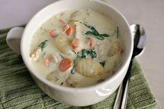 Hearty Chicken Gnocchi Soup via @melskitchencafe