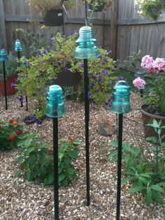 Repurposed Garden Decoration Ideas How about having repurposed garden decorations for this year garden? There are few DIY repurposed ideas here for your garden decoration. The post Repurposed Garden Decoration Ideas appeared first on Garden Easy.