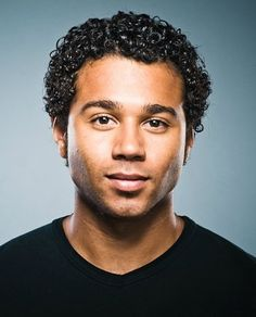 Corbin Bleu discusses his August 5 Hollywood Bowl debut as Seaweed J. Stubbs inHairspray, why musicals are now considered cool and what's up with his Food Network fandom. Corbin Bleu, High School Musical Film, Disney Channel Movies, Debbie Allen, Biracial Hair, Kids Series, Black Actors, Dance Academy, Good Wife