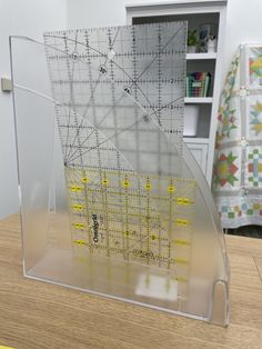 Quilting Tips, Quilting Projects, Sewing Rooms, Studio Ideas, Ruler, Simple Way, Storage Organization, Sewing Ideas, Hacks
