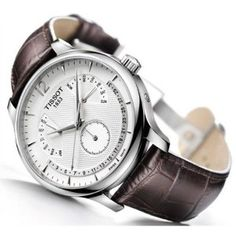 La mejor calidad y tradición relojera suiza al mejor precio: Tissot leather strap men's #watch. Este modelo se lo regalé a Carlos Roa como reconocimiento a su oratoria fin de Tesis de su Magister.