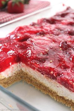Easy Strawberry Cheesecake Bars - perfect for feeding a crowd at picnics, BBQ's and potlucks. Just a few ingredients and little time to whip up this tasty dessert. for a crowd Easy Strawberry Cheesecake Bars Quick Dessert Recipes, Desserts For A Crowd, Food For A Crowd, Summer Desserts, Easy Desserts, Drink Recipes, Yummy Recipes, Cake Recipes, Strawberry Cheesecake Bars