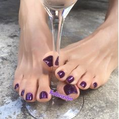 Instagram 上的 Asian Foot Model Size US6 UK3:「 #👣worldsexiestfeet👣 #footmistress #footslave #sexytoes #sexyfeet #footgoddess #sexyfeet #feetstagram #instafeet #prettyfeet #instafoot… 」 Pretty Toe Nails, Cute Toe Nails, Sexy Nails, Sexy Toes, Pretty Toes, Toe Nail Art, Purple Toes, Foot Pedicure, Nice Toes